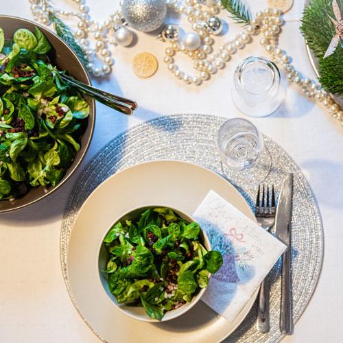 Winterlicher Feldsalat mit Kartoffeldressing